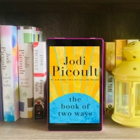 If you were given a second chance to live, would you do it differently? Jee reviews 'The Book of Two Ways' by Jodi Picoult #SPOILERFREE @RandomHouse #eARC #NetGalley #BallantineBooks #love #secondchances #familysaga #quantumphysics #Egyptology #archeology